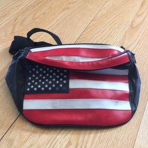 Handbags - American Flag Fanny Pack